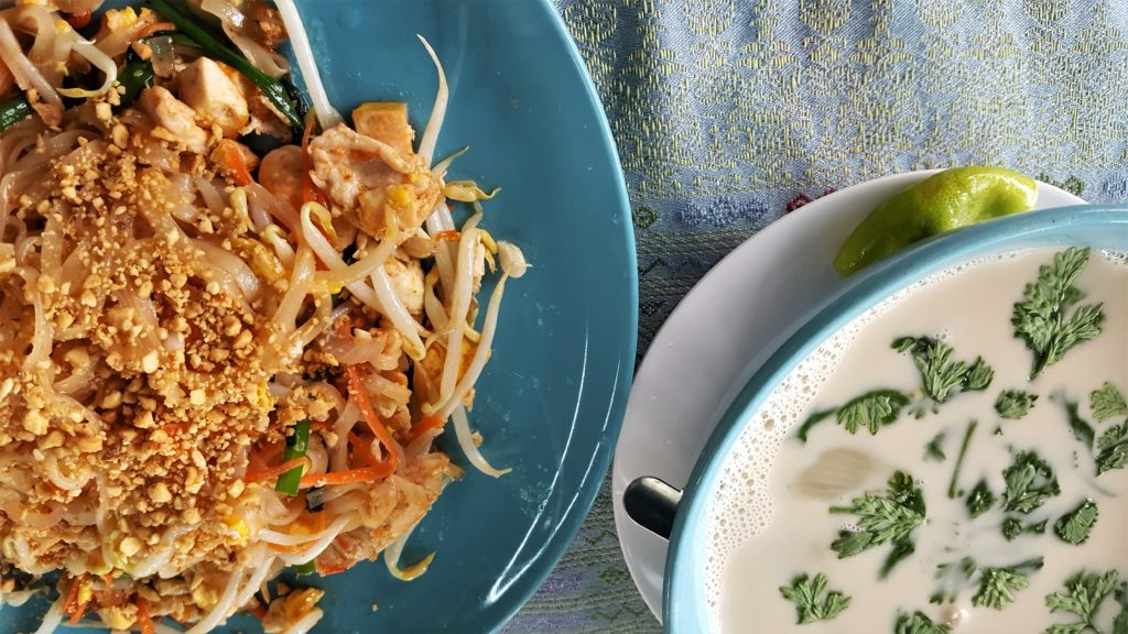Chiang Mai Cooking Class - Pad Thai and Chicken in Coconut Milk Soup