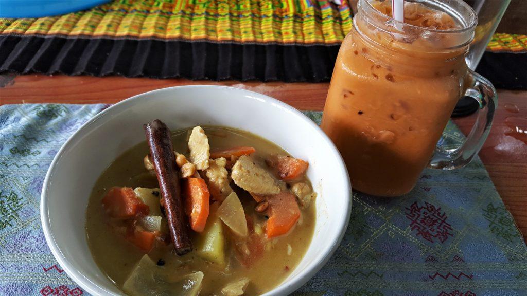 Mama Noi Cooking Class - Thai Iced Tea and Massaman Curry