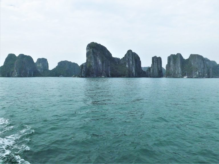 How to See Halong Bay in One Day