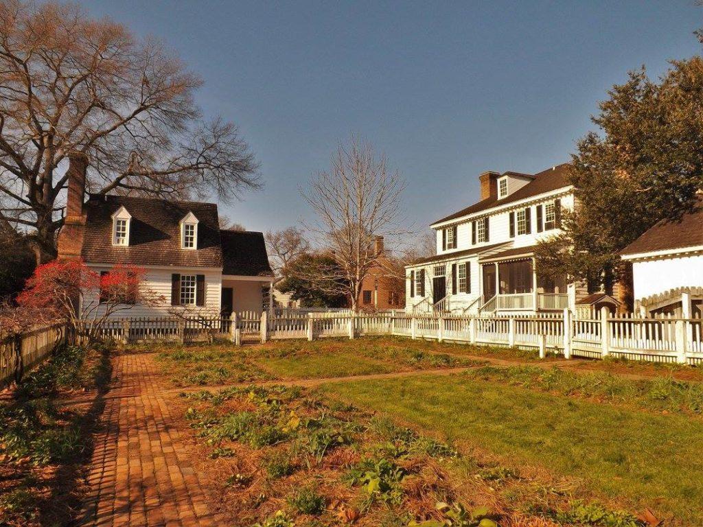 Colonial Williamsburg Private Gardens