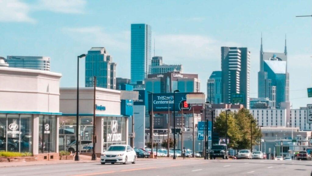 Nashville Tennessee skyline | One Day in Nashville for Solo Female Travelers