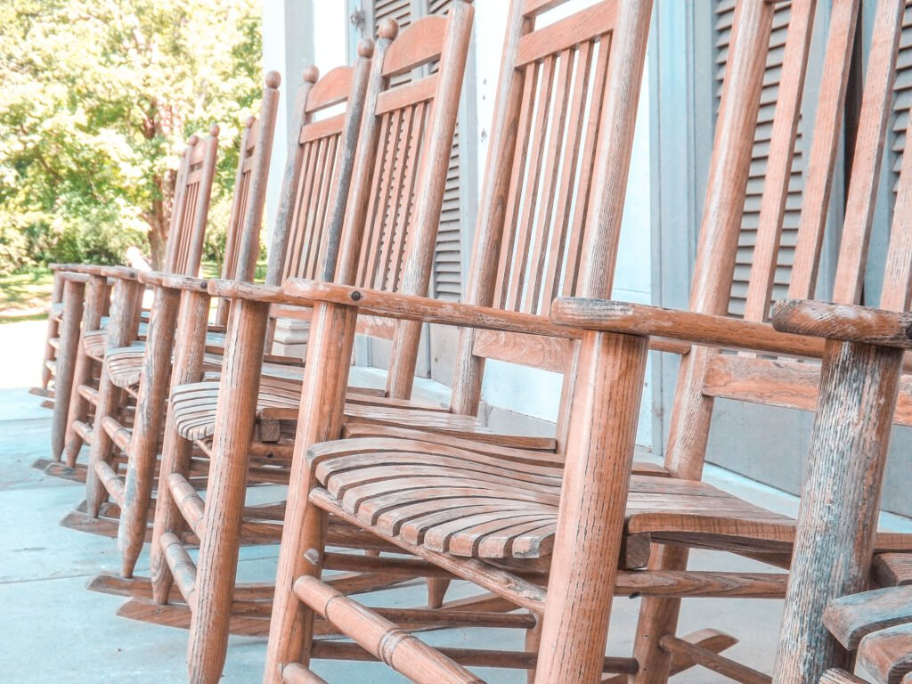 rocking chairs at Belle Meade Plantation in Nashville Tennessee | One Day in Nashville for Solo Female Travelers