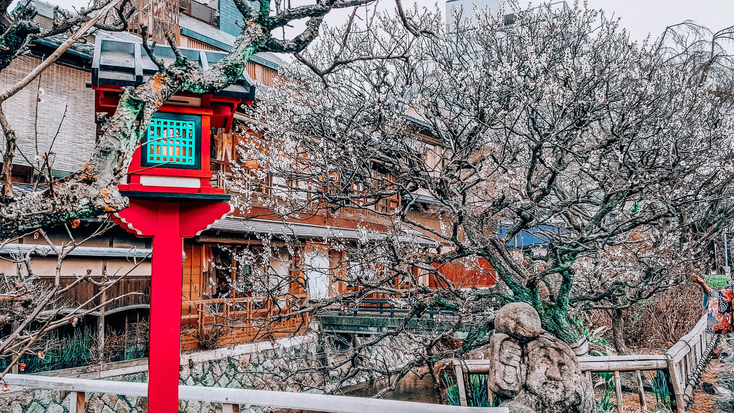 On a RTW trip, you'll visit a wide variety of destinations, perhaps moving from Mediterranean beaches to the historic streets of Kyoto Japan | What is a RTW Trip?