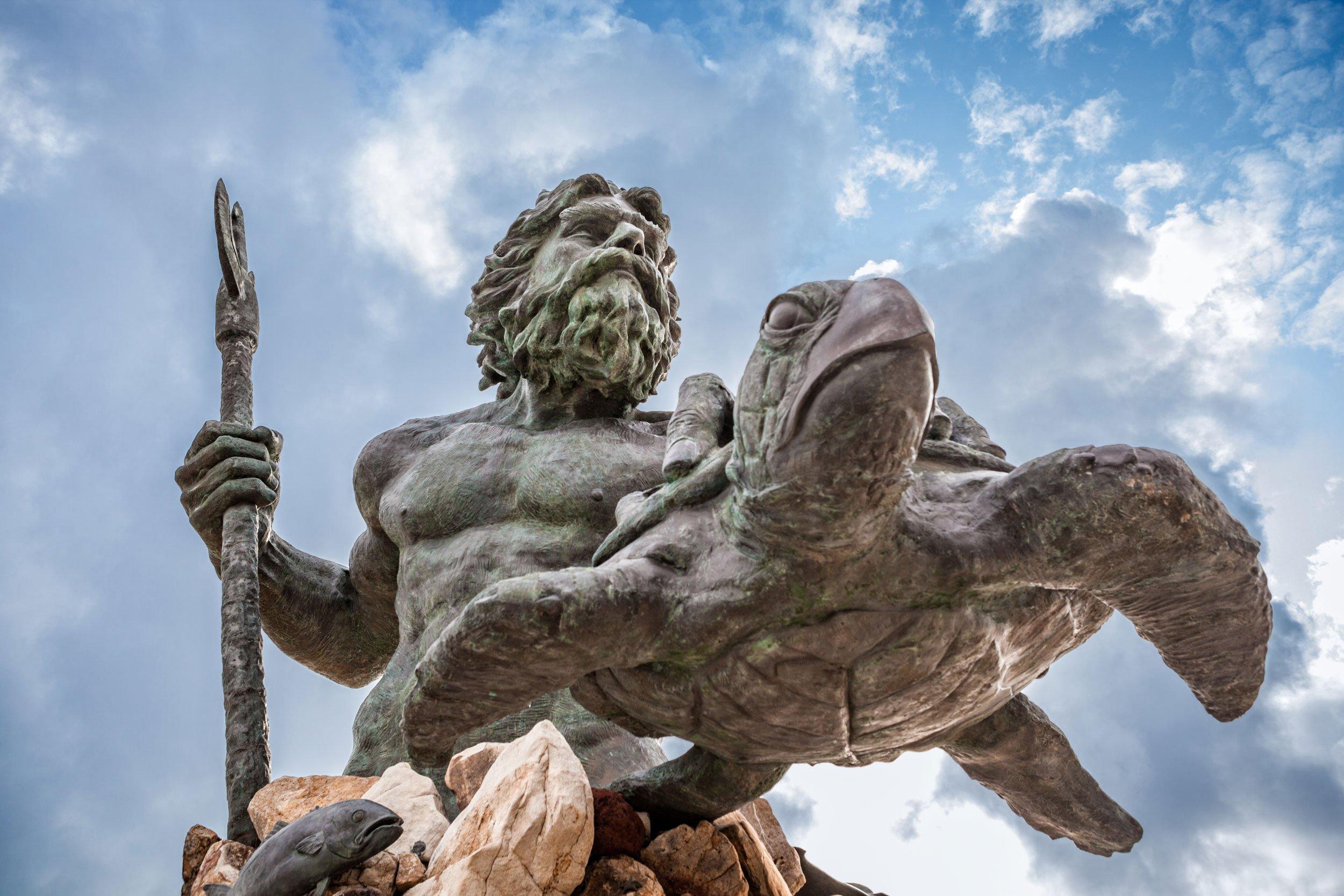 Neptune statue at Virginia Beach | Solo Female Travel in Virginia